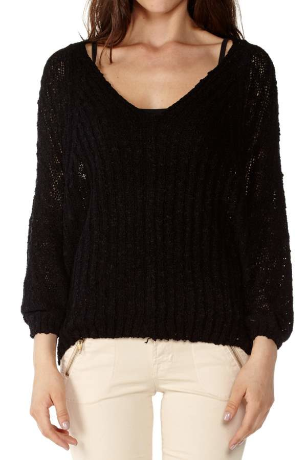 Black Batwing Pullover